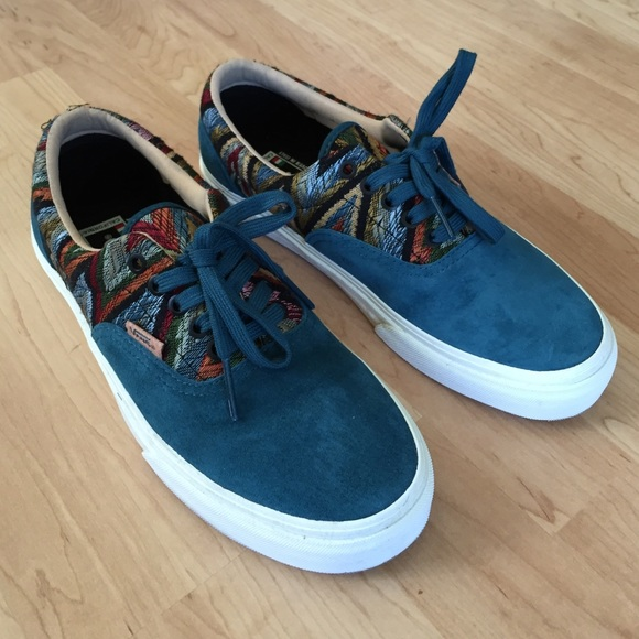 best website b1ebb 6655f Dark teal Era Vans, California Edition. NWT