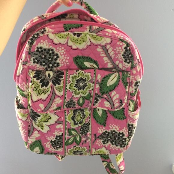 9611600c57 Vera Bradley cute mini backpack. M 56f59842c6c795101e00abf0