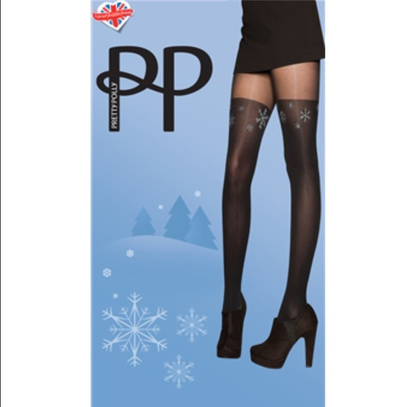 65c50fe0e67db7 Pretty Polly Accessories | Mock Over The Knee Snowflake Tights ...