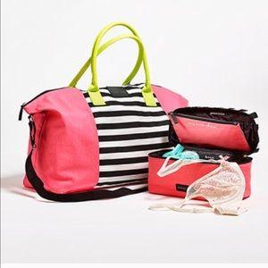 HP!Large tote getaway bag