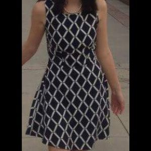 Humble chic New York patterned dress