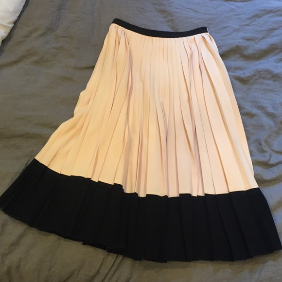 cd643db68 kate spade Dresses & Skirts - Color Block Pleat Midi Skirt- shell/black