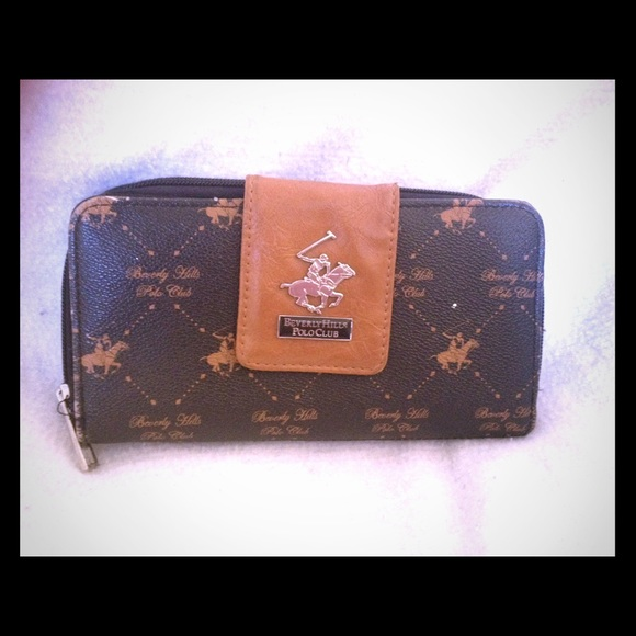 45a8706f2b0 Beverly Hills Polo Club Handbags - 👀 Vintage Beverly Hills Polo Club  Wallet 👀