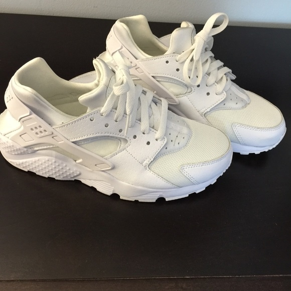 nike huarache big kids' shoe