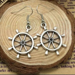 Jewelry - Silver Nautical Earrings