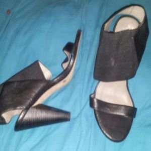 Vince  Camuto leather 3.5 in heel Italian leather