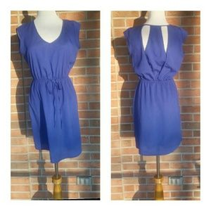 BEAUTIFUL ROYAL BLUE DRESS IN MED!