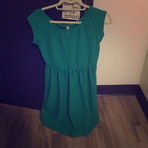 Green textured knee length dress