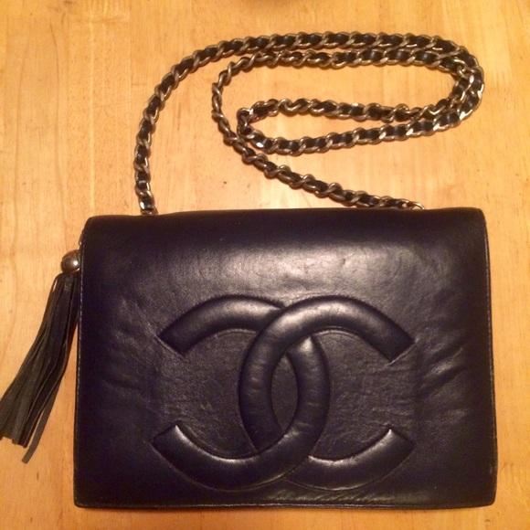 a6c2b1cbb05d CHANEL Handbags - Vintage Chanel Lambskin Tassel Flap Purse