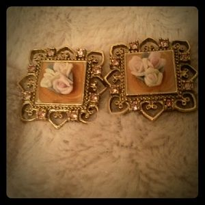 Jewelry - Clip vintage earrings amazing