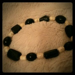 Jewelry - Bracelet black and cream