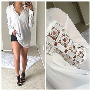Tops - FINAL SALE💕tunic blouse with crochet detail