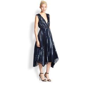 Alice + Olivia Alessandra lamé dress