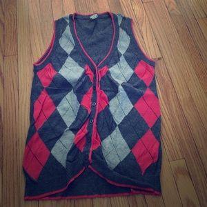 Small coral grey argyle sweater vest EUC