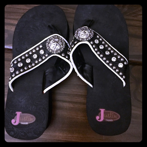 f60933d0b Justin Shoes - TEXAS style Bling Black   White Justin flipflops