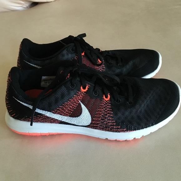 Women s Nike Flex Fury. M 56f6fd6b99086a156f0641e3 e9fbb14b2d