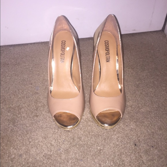 3e8d7eb9ec96 jcpenney Shoes - Nude and Gold peep toe heels