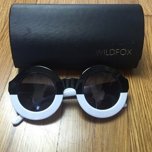 Wildfox Accessories - Wildfox couture sunglasses twiggy