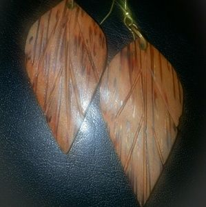 Jewelry - Vintage 1960's wooden boho earrings