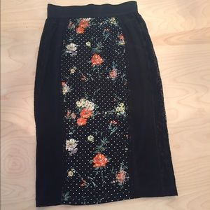 D&G pencil skirt.