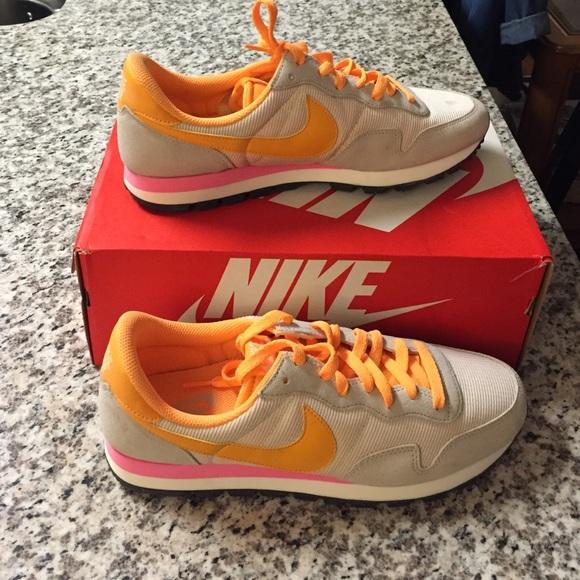 Nike Air Pegasus 83 pink/orange combo, size 12 NEW