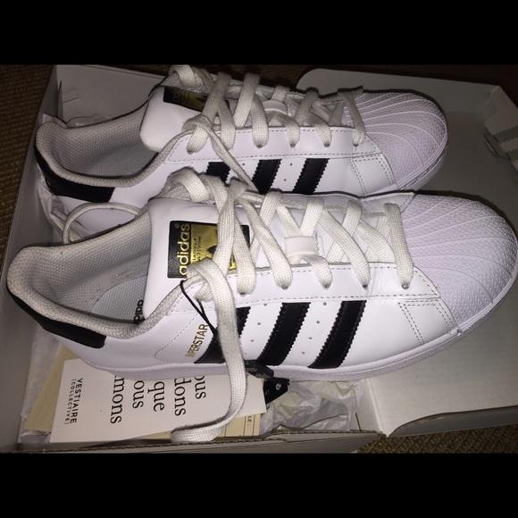 adidas superstar tennis shoes