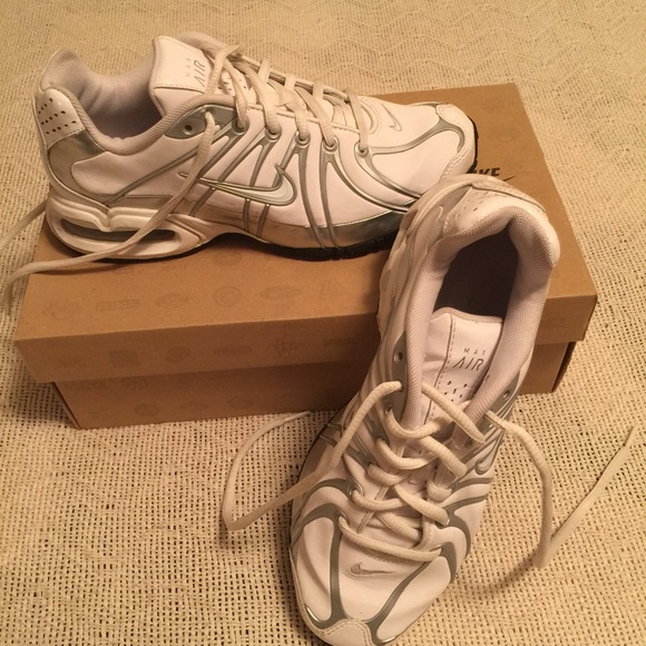 e75a4227ea62 Womens Nike Air Max Torch SL. M 56f75e327f0a05645006ffde