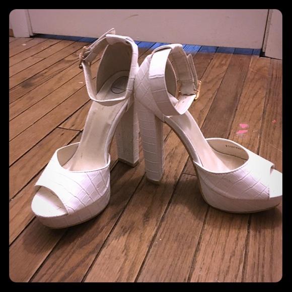 ca30499630 Missguided Shoes | White Crocodile Platform Heeled Sandals | Poshmark