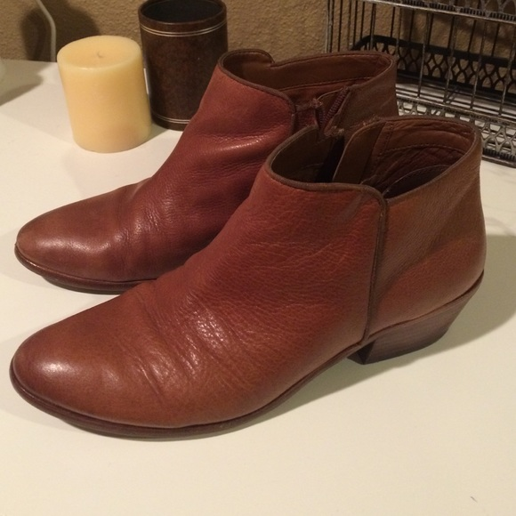 4859a0498 Sam Edelman Petty Chelsea Booties  Saddle Leather.  M 56f77f266d64bcc05707404e
