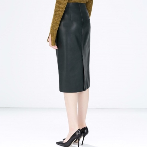 zara forest green faux leather pencil skirt