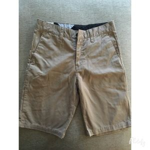 Volcom Pants - Like new! Boy volcom shorts ✨✨✨