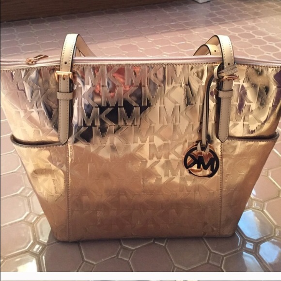 1fb45797b4c05b Michael Kors Bags | Final Dp Rose Gold Shiny Shoulder Bg | Poshmark