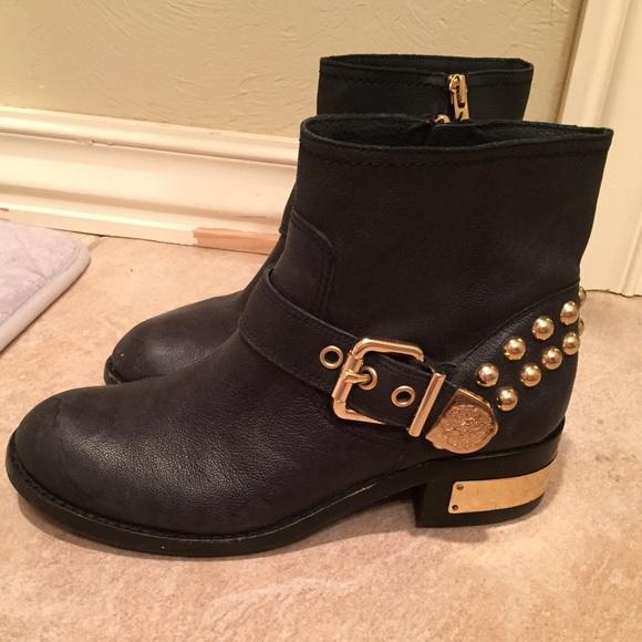 9070c8ac678 Vince Camuto Gold Studded Black Boots