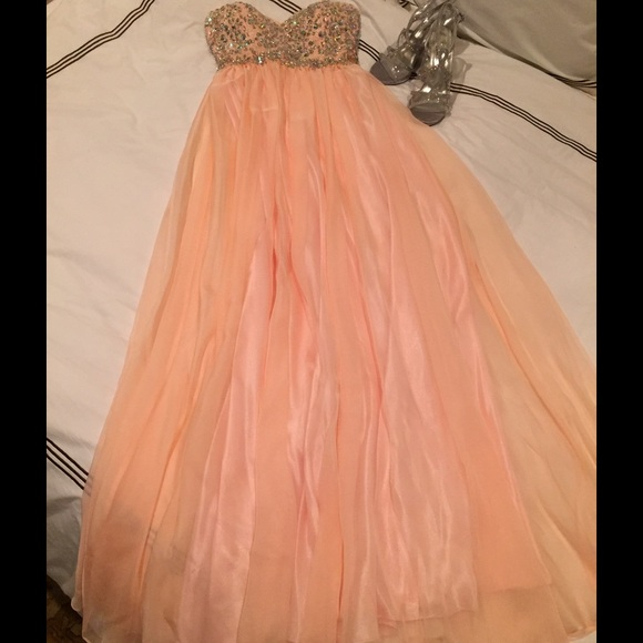 Bicici & Coty Dresses | Like New Bicici Coty Peach Colored Prom ...