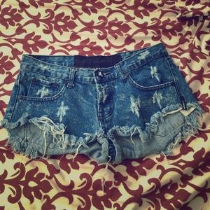 One Teaspoon Distressed Denim Cutoff Shorts