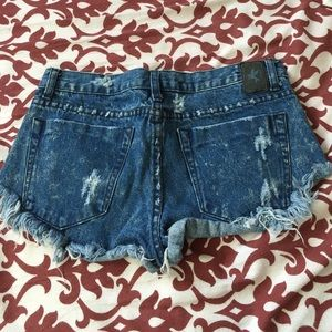 One Teaspoon Shorts - One Teaspoon Distressed Denim Cutoff Shorts