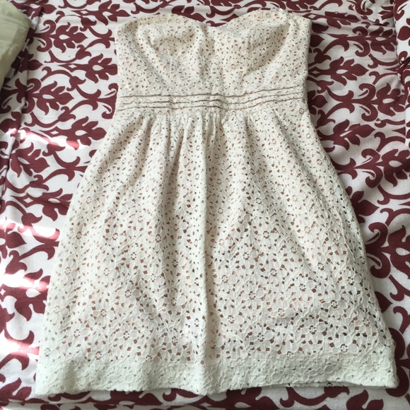 Urban Outfitters Dresses & Skirts - UO Pins and Needles White Lace Strapless Dress!