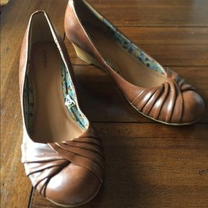 Brown wedge shoes, 8.5