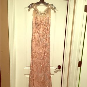 2015 Dave and Johnny prom dress . 3/4