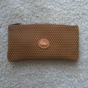 Dooney & Bourke Handbags - Dooney & Bourke tan pouch