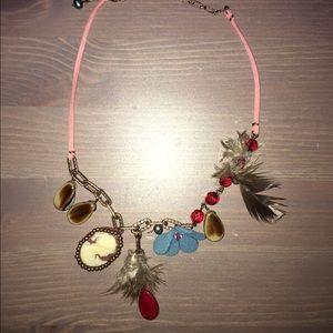 Jewelry - Unique Boutique Necklace