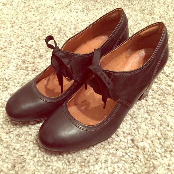 c0e6027a878 Clarks Shoes - Clarks Lace Up Mary Jane Pumps