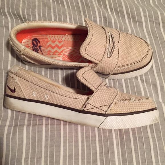 8630090b348 Nike 6.0 Balsa Loafers