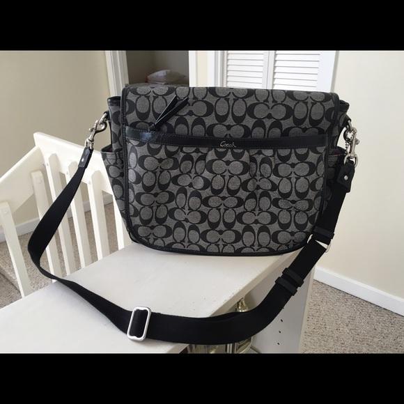 90af5076d4c Coach Bags   Large Black Crossbody Messenger Bag   Poshmark