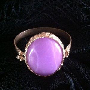 NWOT Latch Style Bangle Bracelet
