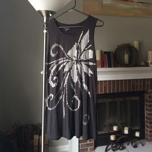 Black sleeveless tunic w/ silver sequin flower