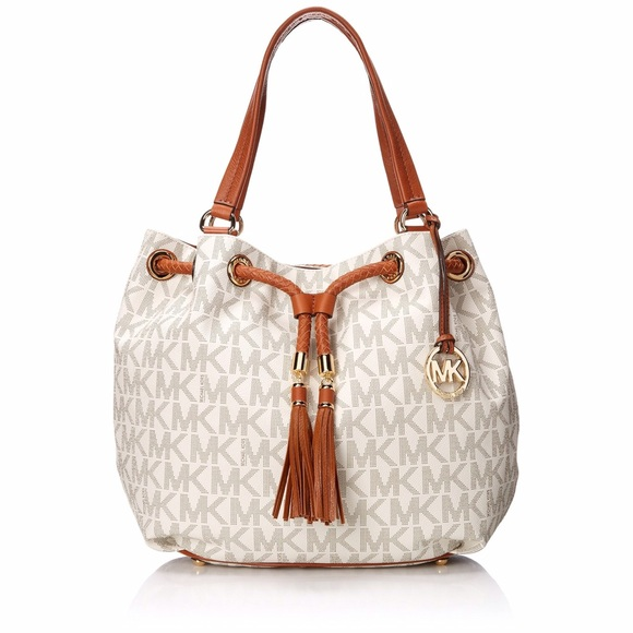 043d57bfc1633e Michael Kors Bags | Nwt Lg Gathered Tote Vanilla | Poshmark