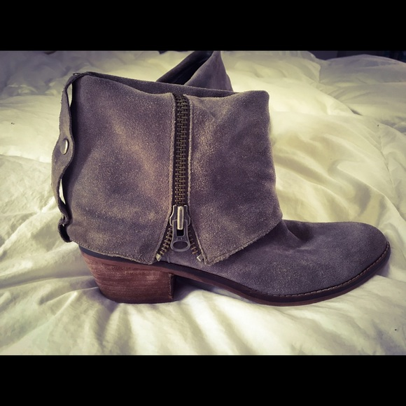 f65434dd08cf0 Gray ankle fold over boots