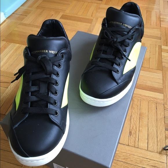 deaa196ac583 Alexander McQueen Other - Used Mens Alexander McQueen Black Sneakers Sz 8.5