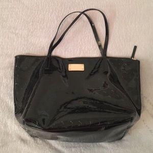 kate spade Handbags - Large Kate Spade Tote Bag